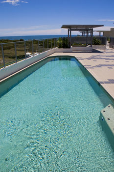 White Shells Luxury Apartments - Tweed Heads Accommodation