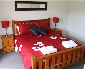 Mirramar House - Tweed Heads Accommodation