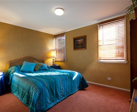 Boat Harbour Beach House - The Waterfront - Tweed Heads Accommodation