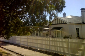 Sheffield B  B - Tweed Heads Accommodation