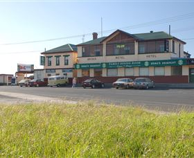 Bridge Hotel - Tweed Heads Accommodation