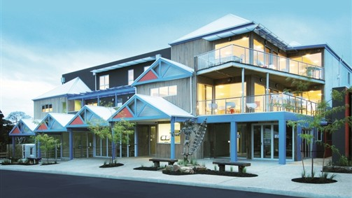 The Island Accommodation - Phillip Island YHA - Tweed Heads Accommodation