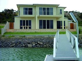 Grandview House Port Vincent Marina - Tweed Heads Accommodation