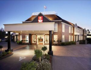 Canterbury International Hotel - Tweed Heads Accommodation