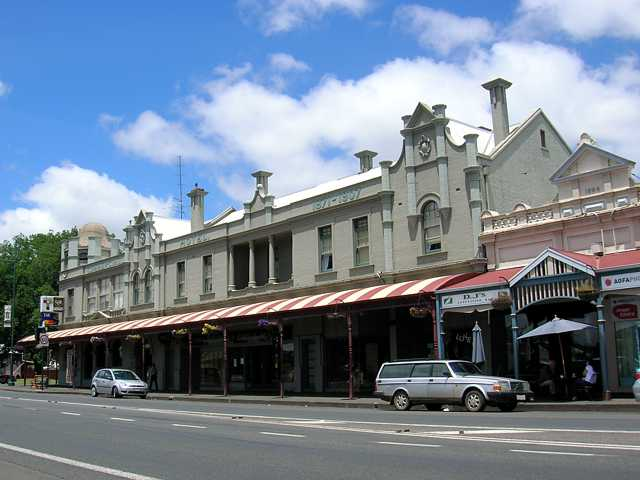 Commercial Hotel Camperdown - Tweed Heads Accommodation