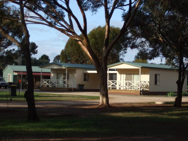 Laura Community Caravan Park - Tweed Heads Accommodation