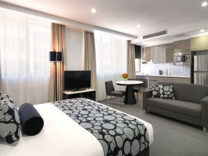 Meriton Serviced Apartments - North Ryde - Tweed Heads Accommodation