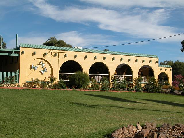 Tarcutta Halfway Motor Inn/Horse Hotel - Tweed Heads Accommodation