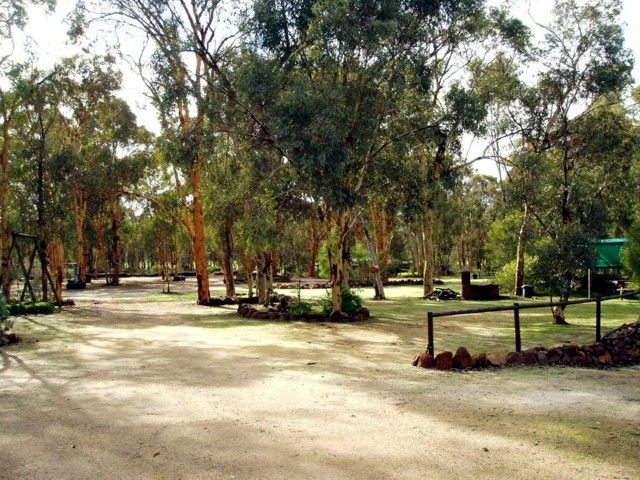 Toodyay Holiday Park  Chalets - Tweed Heads Accommodation