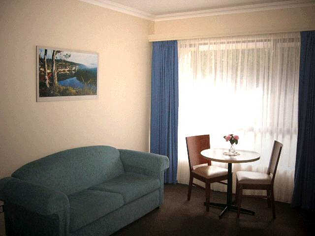 Victoria Lodge Motor Inn  Serviced Apartments - Tweed Heads Accommodation