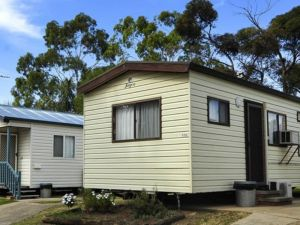 City Lights Caravan Park