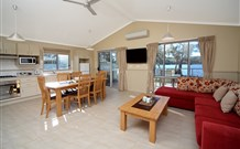 Lake Conjola Entrance Holiday Park - Tweed Heads Accommodation