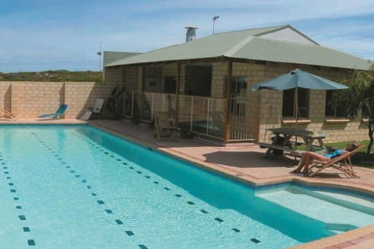 Lancelin YHA - Tweed Heads Accommodation