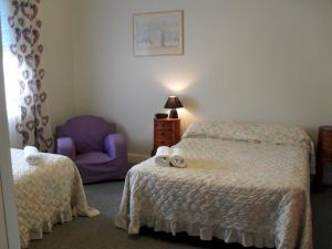 Aaron Cottage - Tweed Heads Accommodation