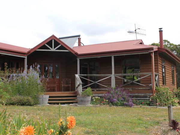 Eagle's Roost Farmstay BB - Tweed Heads Accommodation
