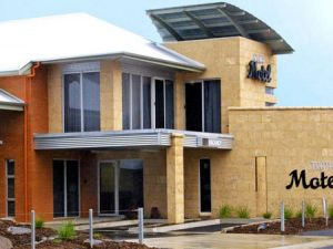 Strath Motel - Tweed Heads Accommodation