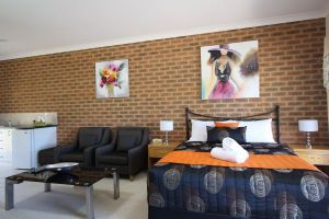 Top of the Town Motor Inn Yackandandah - Tweed Heads Accommodation