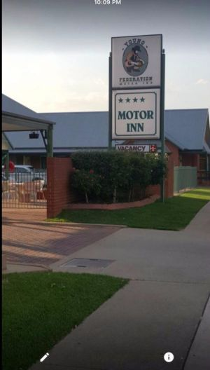 Federation Motor Inn Young - Tweed Heads Accommodation