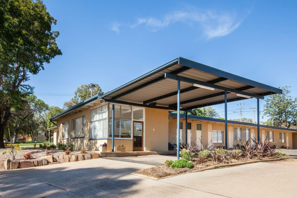 Gulgong Motel by Aden - Tweed Heads Accommodation