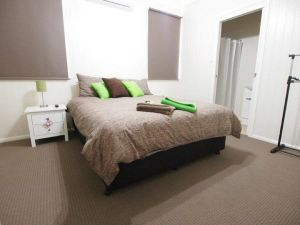 Hayden House - Tweed Heads Accommodation