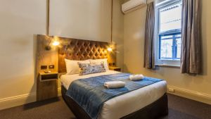 Pretoria Hotel Mannum - Tweed Heads Accommodation