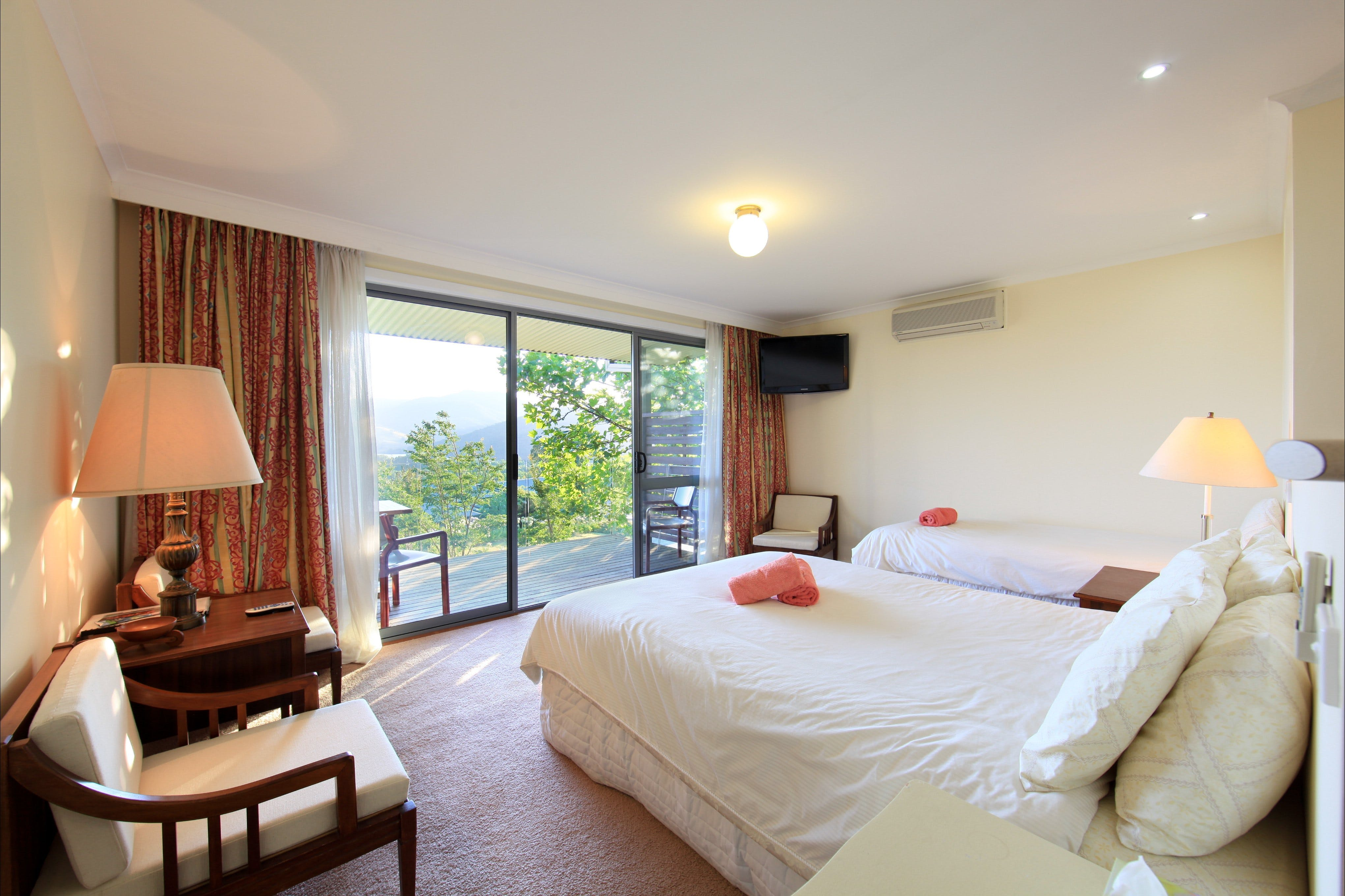 Queens Cottage - Tweed Heads Accommodation
