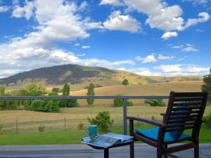 Adelong Valley Farm Stays - Moorallie Cottage - Tweed Heads Accommodation