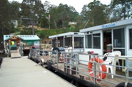 Clyde River Houseboats - Tweed Heads Accommodation