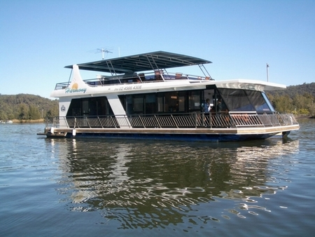 Able Hawkesbury River Houseboats - Tweed Heads Accommodation