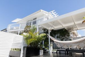 White Beach Cottage - The Perfect Beach Getaway - Tweed Heads Accommodation