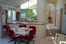 Seppelt House - Tweed Heads Accommodation