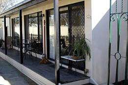 Courtside Cottage Bed and Breakfast - Tweed Heads Accommodation