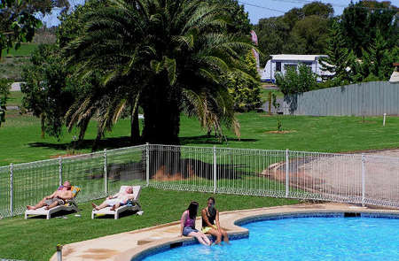 Swan Hill Holiday Park - Tweed Heads Accommodation