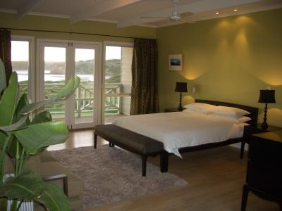 Cliff Top - Tweed Heads Accommodation