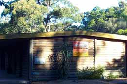 Beachcomber Caravan Park & Log Cabins - Tweed Heads Accommodation