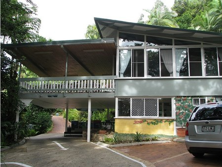 Tree Tops Lodge Cairns - Tweed Heads Accommodation