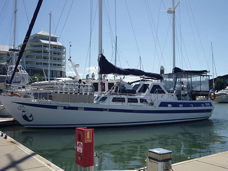 Coral Sea Dreaming Dive and Sail - Tweed Heads Accommodation