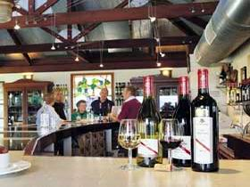 d'Arenberg Vineyard And Winery - Tweed Heads Accommodation