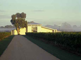 Parker Coonawarra Estate - Tweed Heads Accommodation