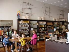 Blond Coffee and Store - Tweed Heads Accommodation