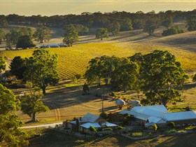 Hutton Vale and Farm Follies - Tweed Heads Accommodation