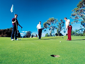 Oatlands Golf Course - Tweed Heads Accommodation