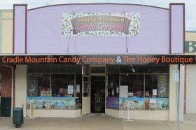 Cradle Mountain Candy Company and Honey Boutique - Tweed Heads Accommodation