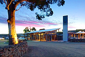 Swansea Bark Mill and Tavern - Tweed Heads Accommodation