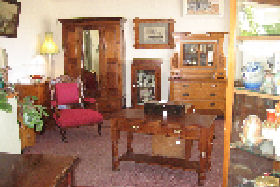 New Norfolk Antiques - Tweed Heads Accommodation