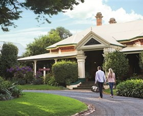 Historical Walk Through Russell Street - Tweed Heads Accommodation
