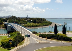 Gladstone Marina - Tweed Heads Accommodation