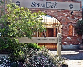 Speakeasy Wine Bar - Tweed Heads Accommodation