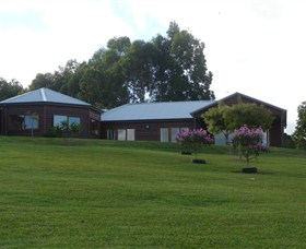 Roses Vineyard at Innes View - Tweed Heads Accommodation