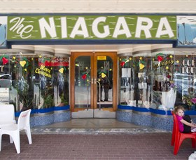 Niagra Cafe - Tweed Heads Accommodation